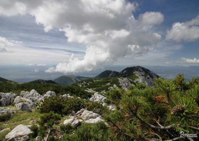 Vrh Korena, pogled na Krvavec in greben Jež