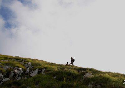 Košutnikov turn, vzpon proti mejnemu grebenu