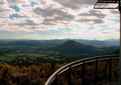 Rašica, Vrh Staneta Kosca, stolp, razgled na Šmarno goro