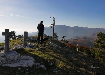 Izlet Sinji vrh; razgled z vrha