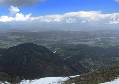 Golica, panorama, pogled čez mejo