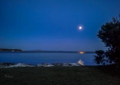Kažela, polna luna s plaže